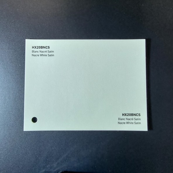 HEXIS SKINTAC HX20000 NACRE WHITE SATIN FILM CAST PELLICOLA CAR WRAPPING PROFESSIONALE